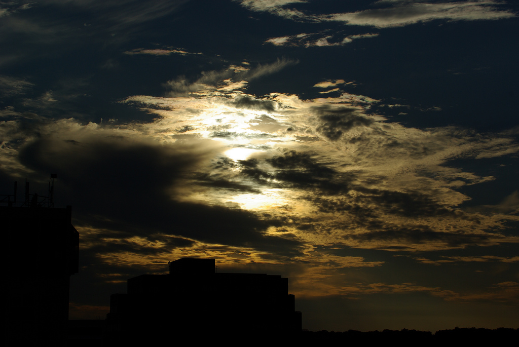 Moody Sky photo, a metaphor for the artistic temperament