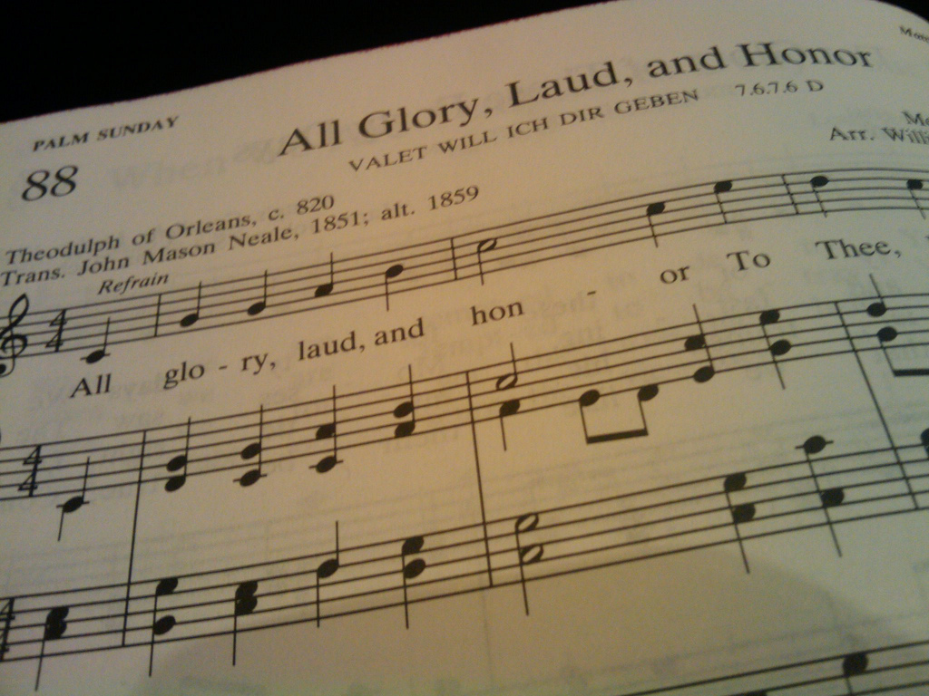 All Glory, Laud and Honor hymn text and sheet music from hymnal